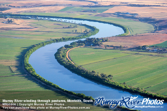 Murray River winding through pastures, Monteith, South Australia