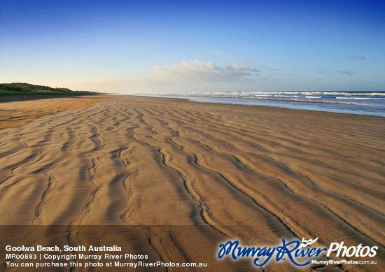 Goolwa Beach Cafe & Takeaway & Holiday Units | 3 Beach Road, Goolwa, South Australia 5214 | +61 8 8555 2569