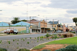 Main street in Pinnaroo, South Australia