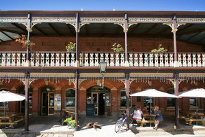 Commercial Hotel, Beechworth