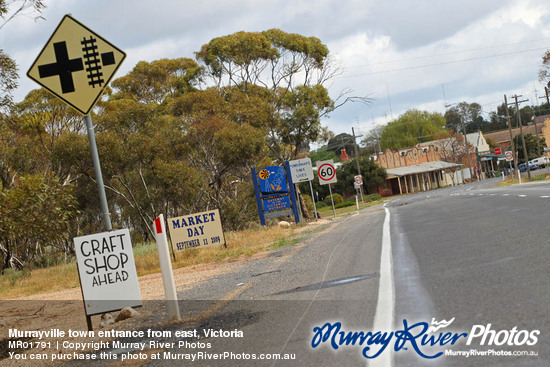 Murrayville town entrance from east, Victoria