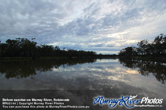 Before sunrise on Murray River, Robinvale