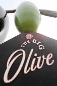 Big Olive, Tailem Bend, South Australia