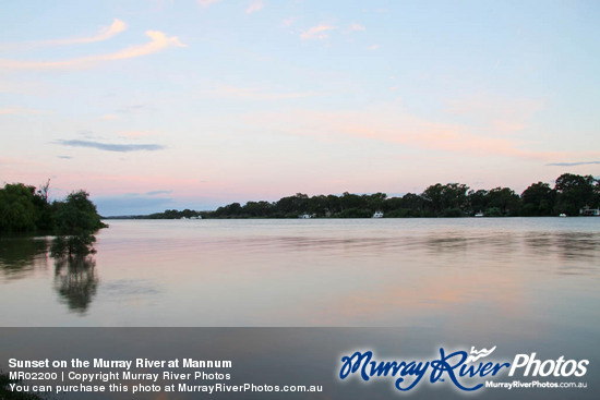 Sunset on the Murray River at Mannum