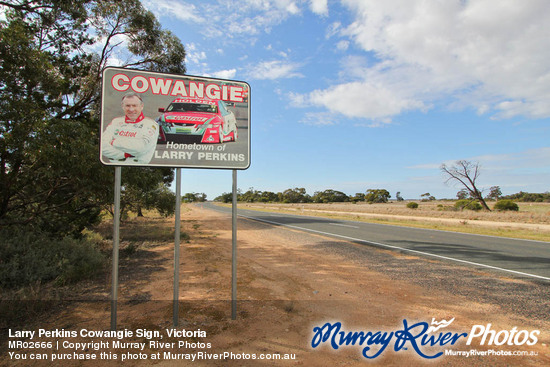 Larry Perkins Cowangie Sign, Victoria