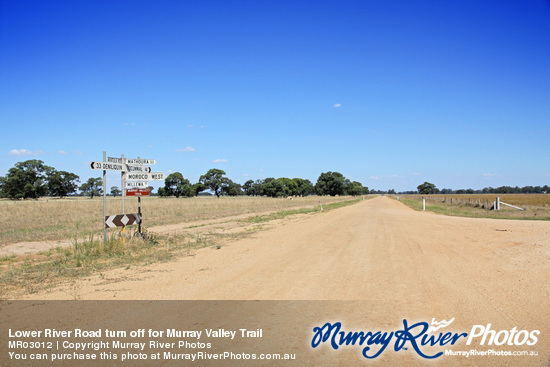 Lower River Road turn off for Murray Valley Trail