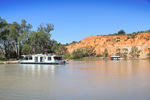 Houseboats at Headings Cliffs, Riverland