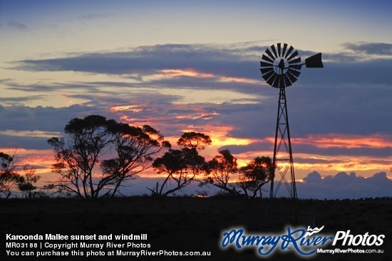 Karoonda Mallee sunset and windmill
