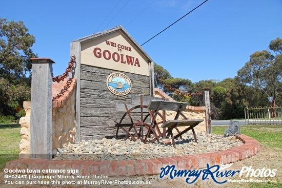 Goolwa town entrance sign
