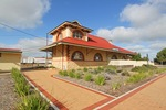 Tailem Bend Railway Station and Visitor Centre