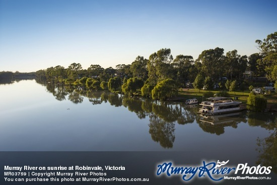 Murray River on sunrise at Robinvale, Victoria