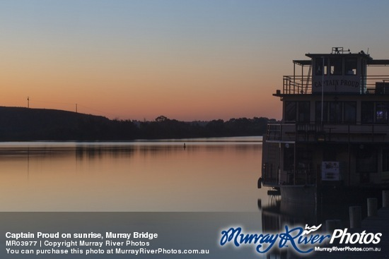 Captain Proud on sunrise, Murray Bridge
