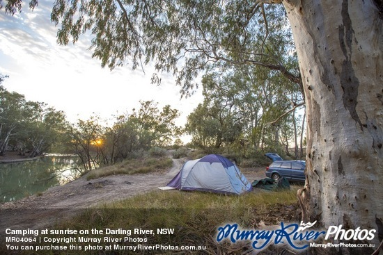 Camping at sunrise on the Darling River, NSW