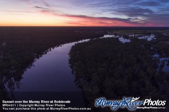 Sunset over the Murray River at Robinvale