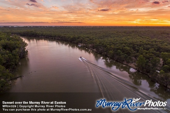 Sunset over the Murray River at Euston